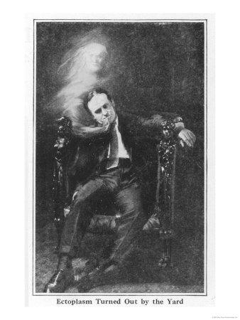 Houdini Fakes Ectoplasm